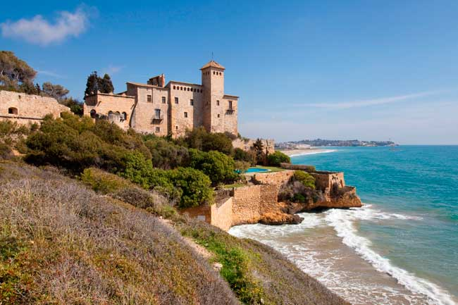 Costa Daurada is the name of the southern cost line in Catalonia.