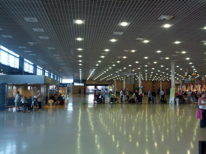 Reus Airport consists of a single terminal.